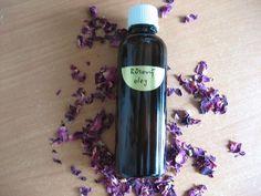Jak si vyrobit kosmetické bylinné oleje | DIY Korn, Herbs, Cosmetics, Homemade, Drinks, Bottle, Health, Masky, Natural