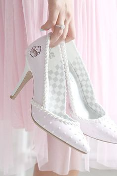 Sweet treats for your feet are custom made wearable confections from Shoe Bakery. Dessert-inspired heels, wedges, flats and wedding shoes you& hunger for. Sock Shoes, Shoe Boots, Shoes Heels, Sandal Heels, Pretty Shoes, Cute Shoes, Stiletto Heels, High Heels, Lolita Shoes