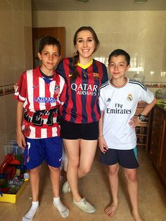 Alexa Markovich - 2014 Program Participant       International teacher with students in Spain