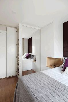 Bedroom Built In Wardrobe, Master Bedroom Interior, Luxury Bedroom Design, Bedroom Closet Design, Bedroom Furniture Design, Home Decor Bedroom, Small Apartment Interior, Small House Interior Design, Home Room Design