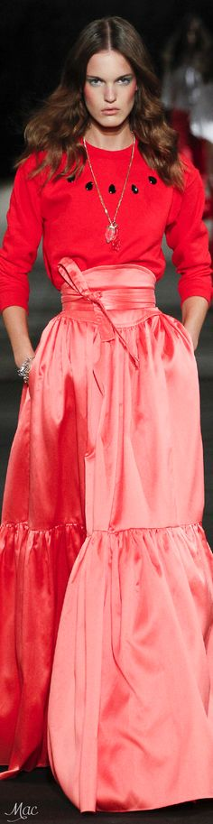 Spring 2016 Ready-to-Wear Alexis Mabille
