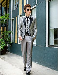 Black&Gray Solid Slim Fit Tuxedo In Polyester