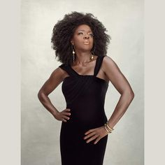 Viola Davis, Vanity Fair Magazine, Catherine O'hara, Black Actresses, Black Actors, Annie Leibovitz, How To Get Away, Different Hairstyles, Queen