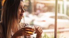 Díky čaji budete zdravější a hezčí! Alcoholic Drinks, Wine, Glass, Drinkware, Corning Glass, Liquor Drinks, Alcoholic Beverages, Liquor, Yuri