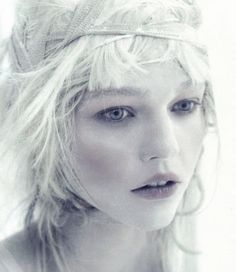 sasha pivovarova shot by paolo roversi for vogue italia