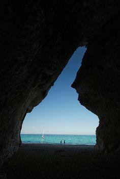 """""""La forza di volontà attraversa anche le rocce* """" ( Proverbio Giapponese ) http://seventhfloor-sev.blogspot.it/2014/06/forza-di-volonta.html#links *Cala Luna - Sardinia - Italy"""