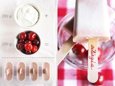 Ghiaccioli di yogurt e ciliegie