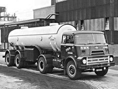 DAF-BB-31-88 2400DO N.W.M UITHOORN...