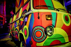 Glow Bus via Flickr