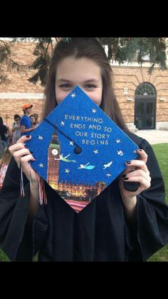 Funny Graduation Cap Owners Who Will Go Far In Life 15 lustige Abschluss-Kappen-Inhaber, . Disney Graduation Cap, Funny Graduation Caps, Graduation Cap Designs, Graduation Cap Decoration, High School Graduation, College Graduation, Graduate School, Graduation Ideas, Graduation Outfits