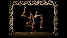 """Usa stop motion y video para crear efectos fantásticos en la coreografía. Con técnicas para ejercicios aéreos parecen flotar, resistir a la gravedad y hacer majestuosas formas corporales surrealistas. Como escenas de Mellies en el siglo XX, con velocidad, increíbles movimientos y gestos cómicos. El ser humano puede realizar virtuosismo con atractivo visual, jugando con colores, perspectivas, dinámicas. Por Philippe Decoufle, """"Abracadabra"""", 1998, HD…"""