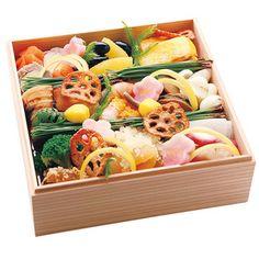 高台寺の名店で20年総料理長を務めた岩崎武夫氏のお料理。【和 一段(G040)<東海地域お届け>】