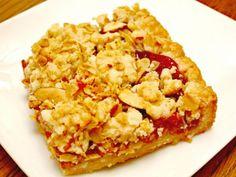 Tasty Raspberry Crumb Bars - BeBetsy