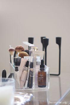 Pin by iðunn ingvarsdóttir on herbergis hugmyndir in 2019 Sephora Makeup, Glam Makeup, Makeup Glowy, Drugstore Makeup, Makeup Tips, Makeup Places, Makeup Aisle, Make Up Storage, Beauty Corner