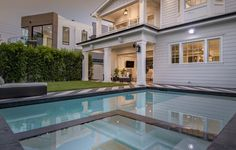 148 S. Laurel Ave | Beverly Grove