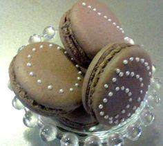 Macaron, Silver Dragees