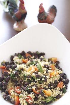 Black Bean Quinoa Salad | from Pick Fresh Foods | Delicious, filling and so quick to prepare!