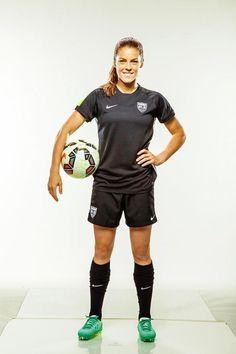 "mandyprescott: ""Sports Illustrated: Meet the USWNT 23 Kelley O'Hara "" Female Football Player, Football Players, Camisa Nike, Football Girls, Women's Football, Barcelona Soccer, Fc Barcelona, Soccer Pictures, Fifa Women's World Cup"