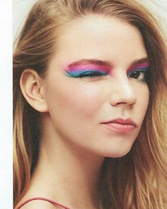 Waddup Monday Landing into Budapest with jet stream colours :) Anya Taylor Joy Split, Ann Taylor, Anya Joy, She Is Gorgeous, Beautiful, Ace Of Hearts, Face Photography, Actrices Hollywood, Leighton Meester
