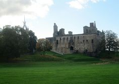 Linlithgow Palace  where Mary Queen of Scots was born by piningforthewest