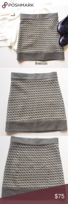 """Diane Von Furstenberg Mini Skirt Mini knit skirt from Diane Von Furstenberg. No zipper. Slightly stretchy. EUC. Length: 15"""" laid flat. No material tag. Please feel free to ask any questions :) Sorry, no trades. Diane von Furstenberg Skirts Mini"""