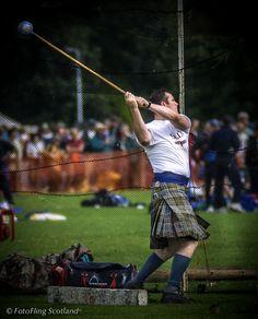 Scotland Men, Best Of Scotland, Scottish Highland Games, Scottish Festival, Hammer Throw, Tartan, Plaid, Scottish Kilts, Men In Kilts