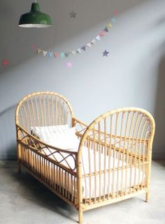 = cane cot