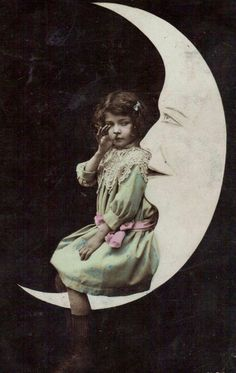 Thumbing Her Nose at the World Below ~ Early 1910s Paper Moon PC