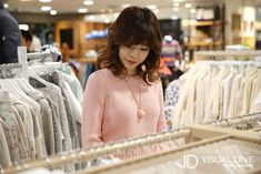Sunny Lee Soonkyu of Girls' Generation #SNSD visits the #Siero Store