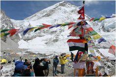 Pune Everest Team Sets up Everest Basecamp - CrissCrossingIndia