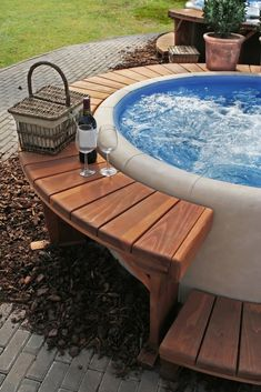 One in ten people are going home to warm and relaxing hot tubs in their own garden these days, and there is no reason you shouldn't be one of those people. garden hot tubs Creating a Luxury Hot Tub Area in your Garden - by GuestAuthor Hot Tub Gazebo, Hot Tub Garden, Hot Tub Backyard, Garden Gazebo, Backyard Patio, Garden Pond, Jacuzzi Outdoor Hot Tubs, Easy Garden, Garden Jacuzzi Ideas