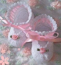 Free Baby Crochet Patterns – LoveToKnow: Answers for Women on | CROCHET FOR BABY DOLLS - Crochet — Learn How to Crochet
