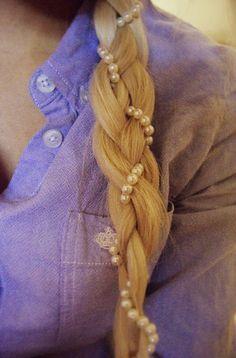 pearls braided into hair #beauty {cute idea}