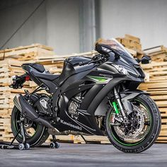 motorcycles-and-more:   Kawasaki ZX-10R - Kawasaki USA