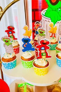 Check out this fun Sesame Street birthday party! The cupcakes are awesome! See more party ideas and share yours at CatchMyParty.com #catchmyparty #partyideas #sesamestreet #sesamestreetparty #boybirthdayparty #cupcakes Sesame Street Cupcakes, Sesame Street Party, Sesame Street Birthday, Girl Birthday, Birthday Parties, Elmo Cake, Cookie Monster Party, Cupcake Images, Cupcake Bakery