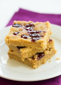 Peanut Butter & Jelly Cookie Bars  Really nice recipes. Every hour.