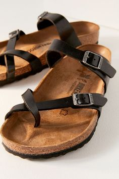 Shop Urban Outfitters for the latest styles in women's sandals like platform sandals or espadrille wedgies. We've also got your favorite brands such as Birkenstock and Teva. Birkenstock Sandals, Birkenstock Mayari, Birkenstock Arizona, Birkenstock Fashion, Birkenstock Florida, Cute Shoes, Me Too Shoes, Kayaking Outfit, Kayak Accessories