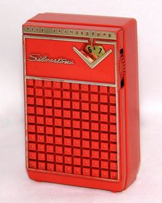 https://flic.kr/p/273pMm3 | Vintage Silvertone Transistor Radio, Model 3201 (Rust Case), AM Band, 5 Transistors, Made In USA, Circa 1962