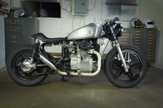 """Modern Metal's 1981 CX500 Custom """"The Twisty Lady""""  - Today we e-sit (an e- prefix, how 90's!) down with Doug Devine of Modern Metals out of Kentucky to talk about his background and what lead up to the building of this 1981 Honda CX500."""