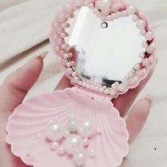 Imagen de pink, mermaid, and pearls