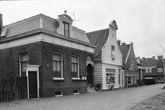 Nieuwendammerdijk, voormalig Gemeente Secretariaat