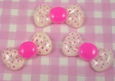 Extra cute kawaii style white & pink polka dot glitter bows flat back cabochons! Perfect for all kinds of crafts, including decoden, jewellery jewelry making, card making, scrapbooking and more!!