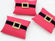 simple Christmas treat packaging idea - Santa's belt pillow boxes