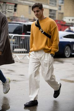 The most stand-out street style from London Fashion Week Men's , Street Style, High Street Fashion, Fashion Mode, Look Fashion, Men Fashion, British Mens Fashion, Trendy Mens Fashion, Fashion Styles, Boys Fashion Style, Male Summer Fashion