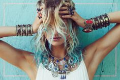 Boho, gypsy and hippie style. Clothes, accessories, festivals and more. Look Boho, Look Chic, Estilo Fashion, Boho Fashion, Blonde Fashion, Fashion Moda, Fashion Hair, High Fashion, Fashion Ideas
