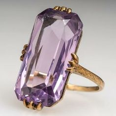 Antique Victorian Amethyst Ring w/ Hand Engraved Details 14K Gold
