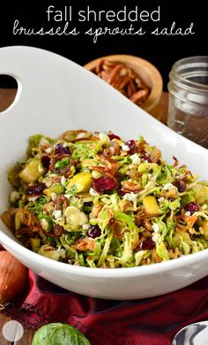 Fall Shredded Brussels Sprouts Salad is crispy and crunchy, and full of fresh and savory flavors! All clean eating ingredients are used for this healthy salad recipe. Easy Thanksgiving Recipes, Fall Recipes, Thanksgiving Appetizers, Thanksgiving Meal, Autumn Vegetable Recipes, Vegetable Thanksgiving Side Dishes, Thanksgiving Vegetables, Thanksgiving Prayer, Vegetable Dishes