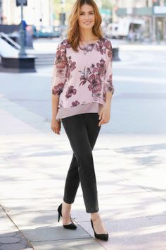 Ladies Pink Double Layer Floral Blouse Bonmarché: This beautiful floral print double layer blouse is a must-have for your wardrobe. With 3/4 sleeves and flowing fabric this blouse gives a flattering silhouette. Wear with a smart trouser for a sophisticated look.