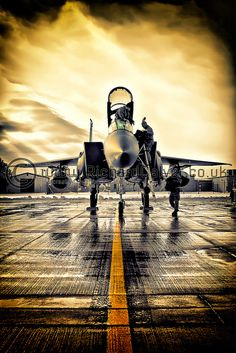 Follow the Yellow Brick Road - McDonnell Douglas Boeing F-15E Eagle 91-0332 by Richard Calver