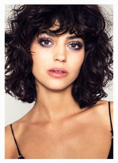 Lots of celebrities these days sport short curly hair styles, but some of them really stand out. When we think of curly short hair, the image of AnnaLynne Curly Bob Bangs, Short Hair With Bangs, Curly Hair Cuts, Wavy Hair, Curly Hair Styles, Hair Bangs, Curly Bob With Fringe, Medium Curly Bob, Medium Curls